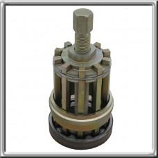1Х56 122 314 Приспособление для снятия переднего подшипника первичного вала (10 шариков)